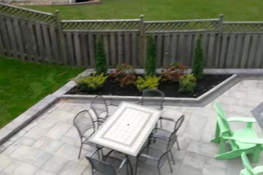 后院铺砖园艺美化