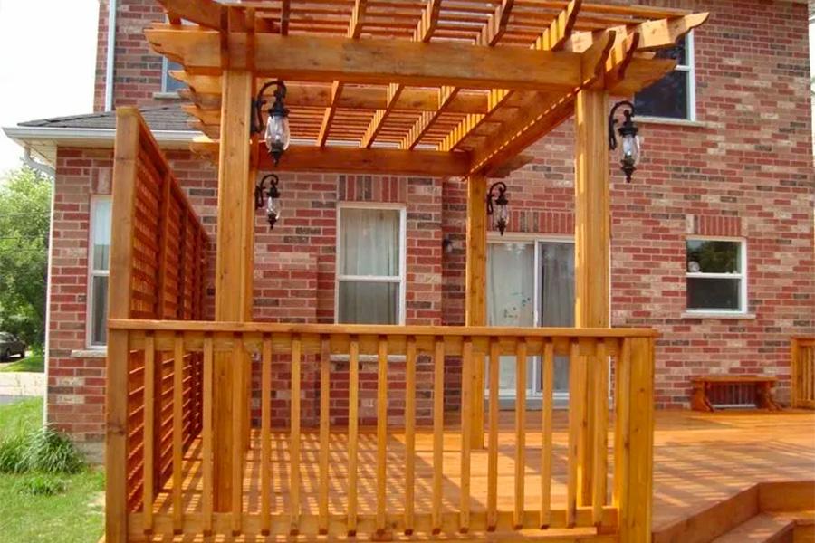 后院木平台